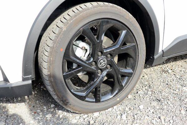 C-HRのタイヤ&ホイール